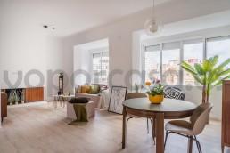 Piso de cuatro dormitorios en venta en Alicante.
